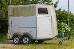 horse-trailer-3369387__340